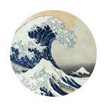 【デカ缶バッジ】葛飾北斎 冨嶽三十六景 神奈川沖浪裏 ※飾れるようにスタンド付き