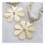 wood&shell ネックレス flower 1402 バリ島より直接買い付け..