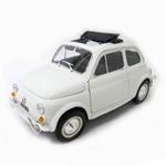 burago 1:16 フィアット 500L(1968) ホワイト (商品コード:200-565)